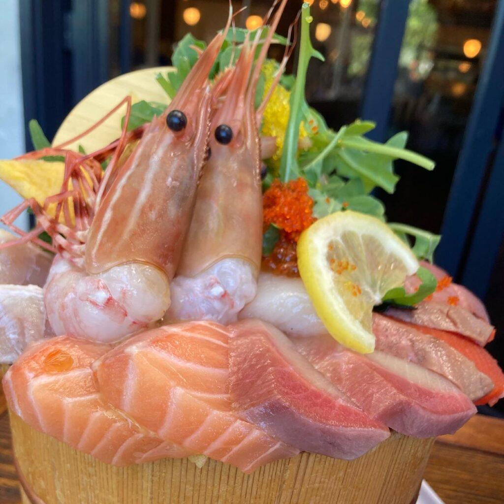 Raisu Restaurant BLUEFIN TUNA DELUXE SEAFOOD BOWL